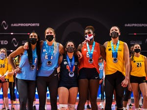Athletes Unlimited Volleyball Season 1 Winners: Aury Cruz, Brie King, Nomaris Vélez Agosto, Bethania De la Cruz, and Jordan Larson